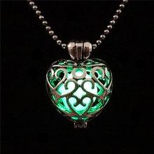 LNRRABC ผู้หญิงผู้ชายคู่ Magic สวย Multi Design Heart Luminous Locket (China)
