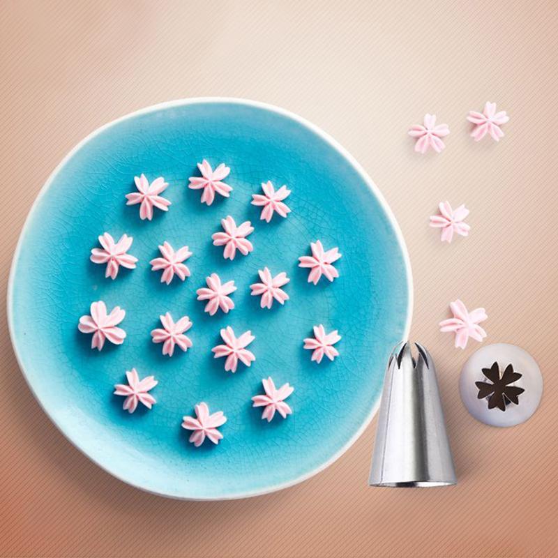 Cake Decorating Tips Using Fondant : Cake Icing Piping Nozzles Tips Fondant Cupcake Sugarcraft ...