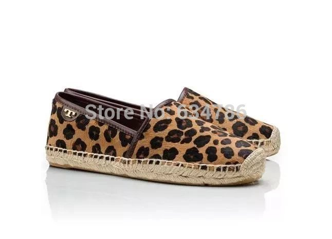 Здесь можно купить  2015 Summer and fall retro style Leopard casual and comfortable flat shoes fashion brand designer shoes straw shoes women shoes  Обувь