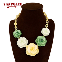 PINK Necklaces Pendants 2015 Hot Sale Transparent Big Acrylic Flower Vintage Choker Statement Necklace Fashion Jewelry