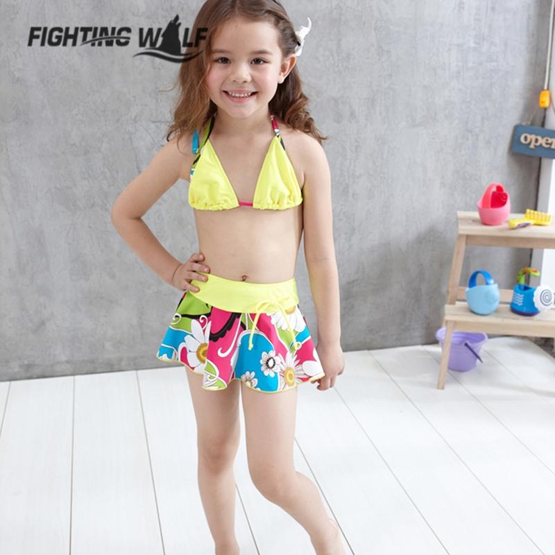 Bikini mignon fille chaude
