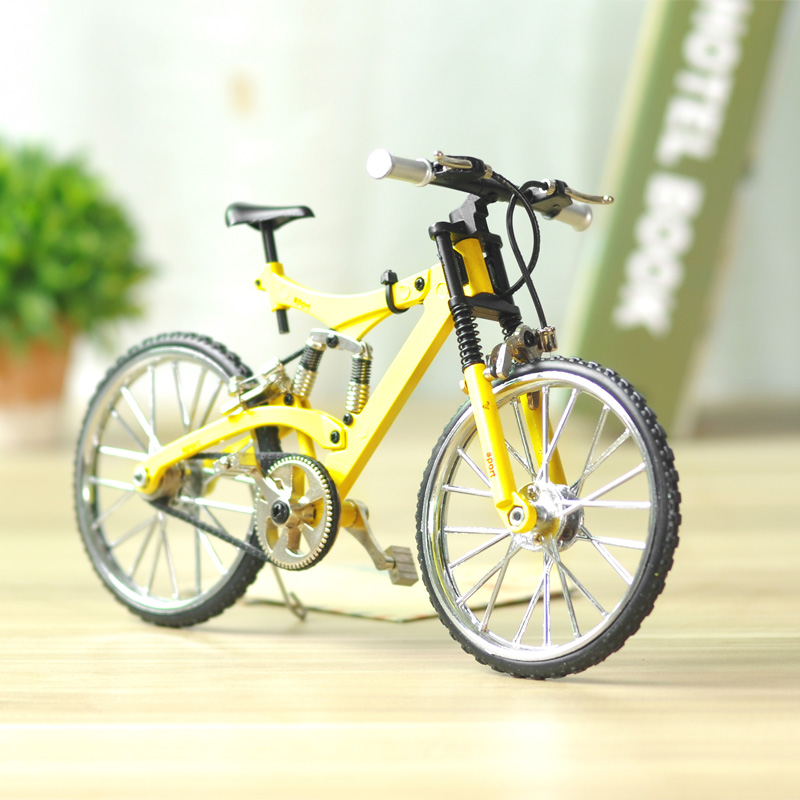 Artificial alloy bicycle model road car soft mountain bike decoration home decoration crafts model bike with display case(China (Mainland))