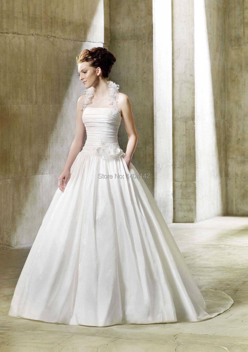 New design a line bridal wedding dress simple halter for Plain a line wedding dress