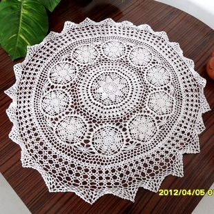 free shipping cotton crochet lace table runner for wedding with flowers cutout round table cloth table cover towel for table(China (Mainland))