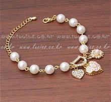 Blue Kiss B40 The 2016 Fashion Hot Sell Heart Simulated Pearl Crystal Bracelets & Bangles(China (Mainland))