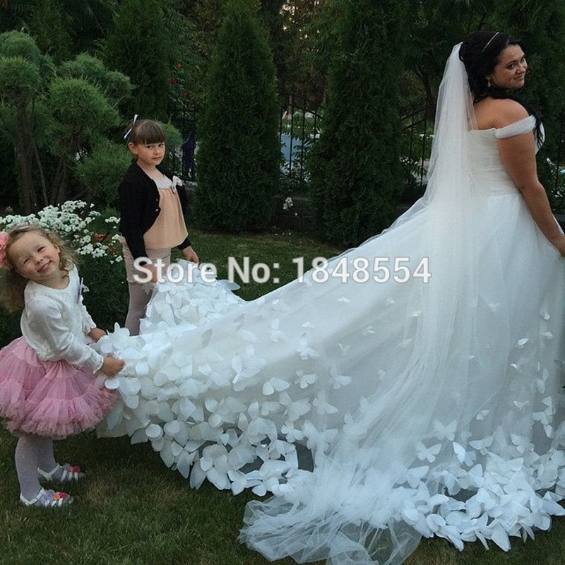Mzy692 tulle white ivory butterfly appliques long train for White wedding dresses with long trains