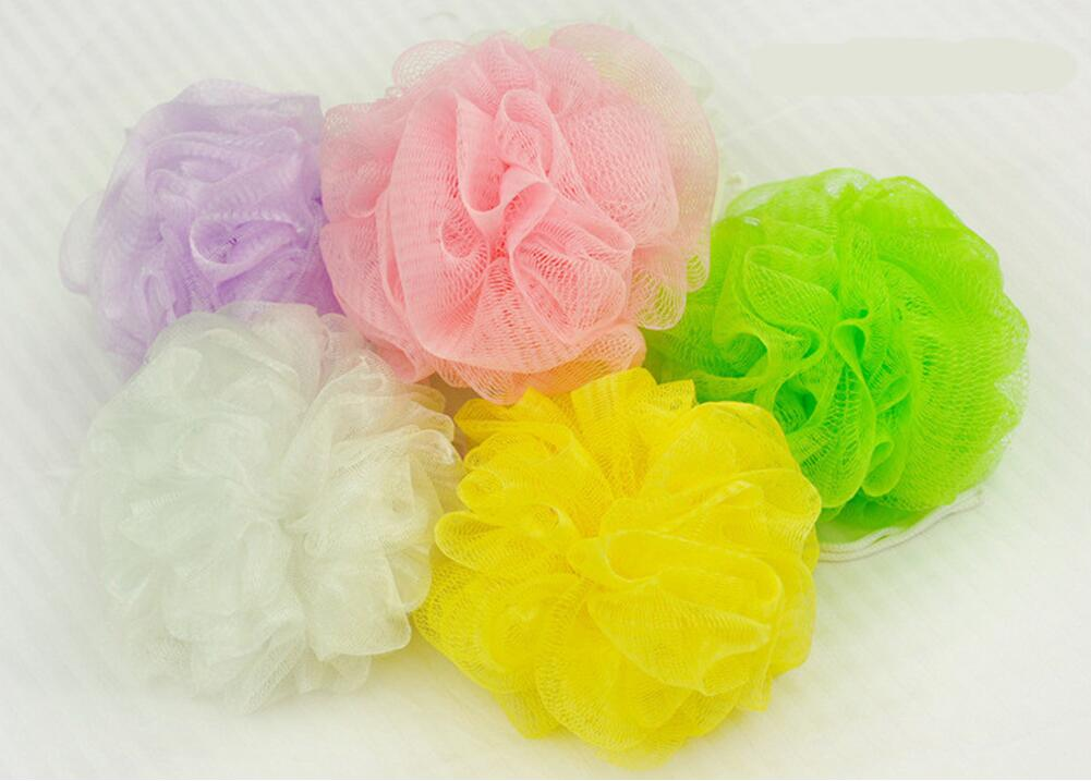 1 pcs bath ball bathsite bath tubs Cool ball bath towel scrubber Body cleaning Mesh Shower wash Sponge product Random Color(China (Mainland))