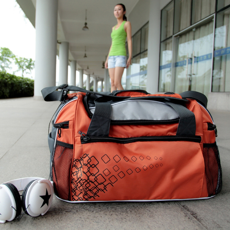 2015 hot selling large capacity portable sports bag travel luggage gym fitness carry items TB5 - Top fashion brand Bag store