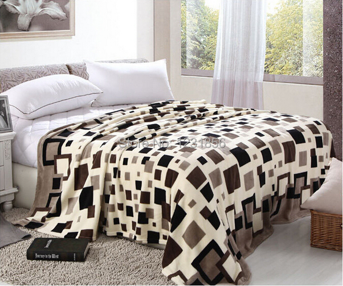 High quality flannel fleece blanket for bedding sheet with 3 size(China (Mainland))