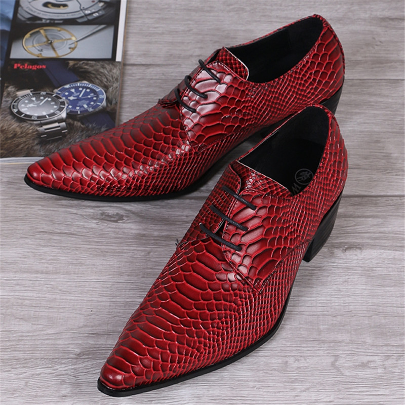 Фотография Fashion 2016 Red Men Leather Shoes Mens Pointed Toe Wedding Dress Shoes Office Lace Up Party Creepers Mens Flats Oxfords Shoes