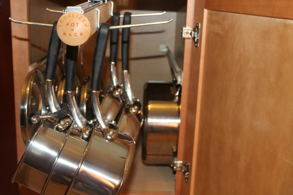 Pot Rack Pull Out Hanging Pot and Lid Rack Cookware-in ...