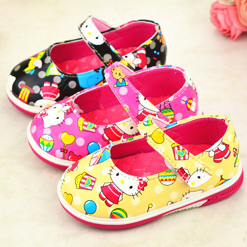 Hot sell 11-13 cm Black Yellow Pink PU leather hello kitty shoes for baby girls first walkers newborn infant shoe bebe 0-18month(China (Mainland))