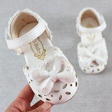 أحدث أحذية الأطفال الصيفية لعام 2019 صنادل جميلة للأطفال مصنوعة من الجلد مناسبة للفتيات الصغار أحذية مزودة بفيونكة قابلة للتنفس(China)