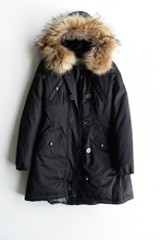 The new Europe Foreign Trade In Winter 2016 Raccoon Fur Cap Ms Long Down Coat Of