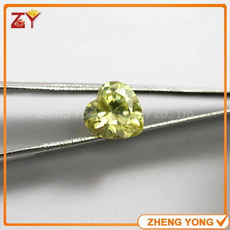 10*10mm Heart Shape Loose Cubic Zirconia Peridot Yellow Synthetic CZ Beads<br><br>Aliexpress