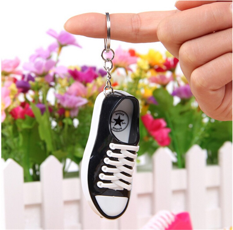 Very Funny Electric Shock Joke tricky funny toy shock shoes keychain with laser for gift(China (Mainland))