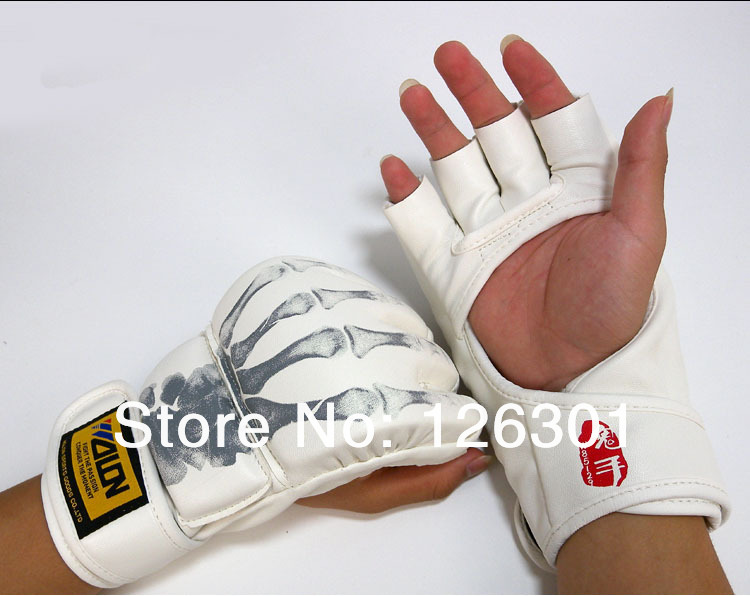 High Quality Grappling MMA Gloves Boxing Sanda Fight Ultimate Sparring Punch(China (Mainland))