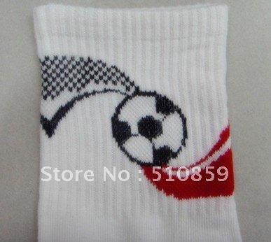 Football in male sox deodorant antibacterial health tube socks