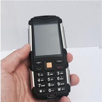 New M12 IP67 Wateroof Phone Three Sim Cards CDMA +GSM+GSM Shockproof Big Button Old Men Phone 4500mAh Battery Long Standby(China (Mainland))