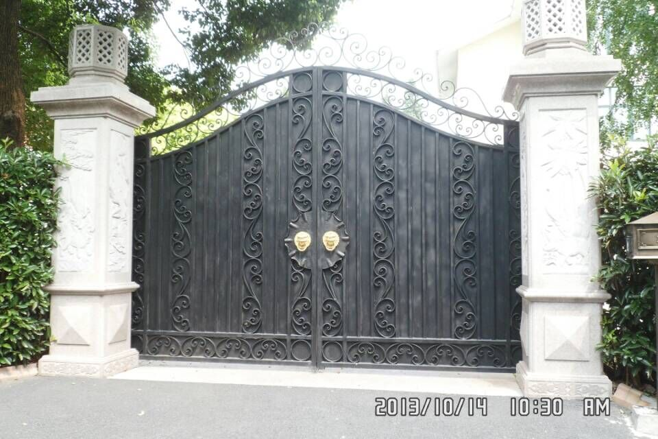 Custom design garden forged made wrought iron gates wrought iron gate Oct4(China (Mainland))