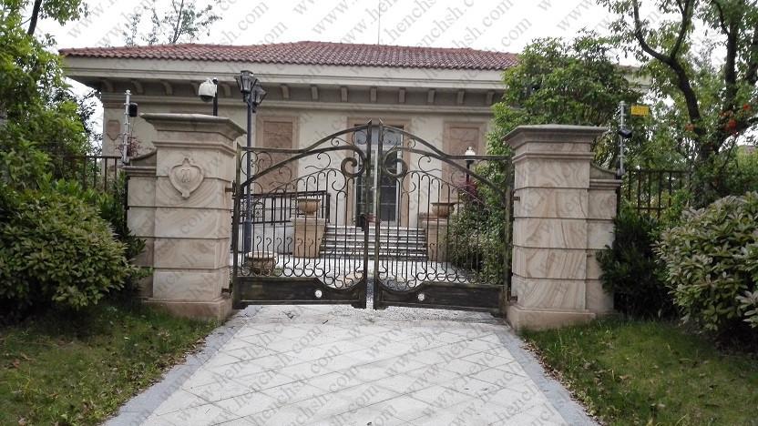Top villa forg made en fer forg portes en fer forg porte v ig1 dans portes de am lioration de for Porte villa en fer