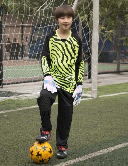 2016 customized name and number kids long sleeve Goalkeeper soccer jersey children full sleeve goalie keeper long pants(China (Mainland))
