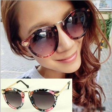 Free Shipping European and American fashion street shooting star of the same paragraph arrow Karen Walker sunglasses glasses