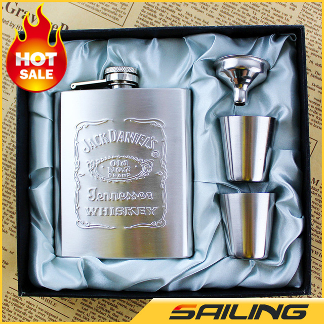 Luxury JD Hip Flask 7oz set  Portable Stainless Steel Flagon Wine Bottle Gift Box Pocket Flask Russian Flagon,Embossed Images