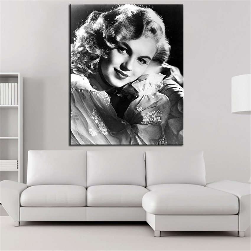 Marilyn Monroe And The Camera Wall Painting For Home Decor