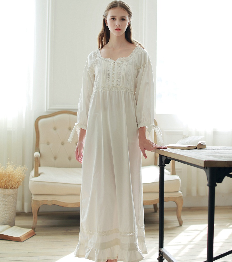 Enchanting Plus Size Night Gown Mold - Images for wedding gown ideas ...