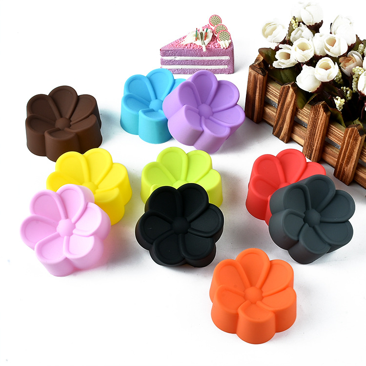 6pcs/set Muffin Cup 5cm Soft Silicone Cake Mold Chocolate Mould Plum Flower Shape Cupcake Baking Tool Mix Colors E078(China (Mainland))