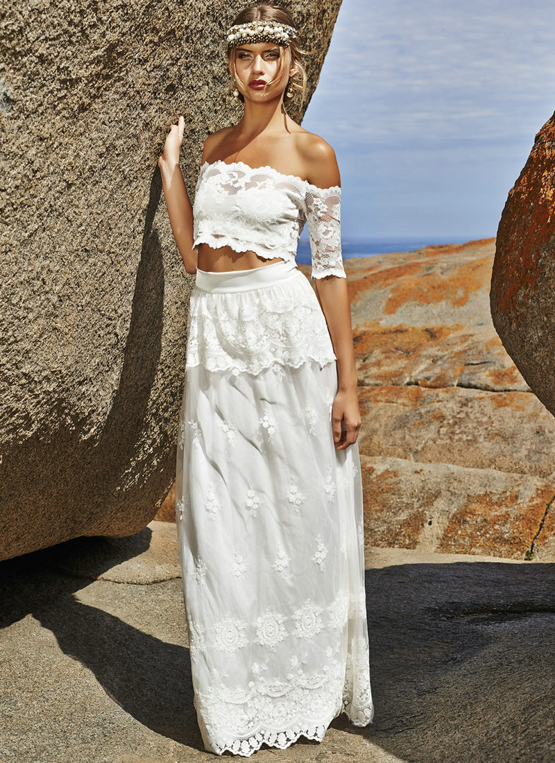 Layered Wedding Dress With Sleeves : Sleeves layered skirt lace bohemian wedding dresses in