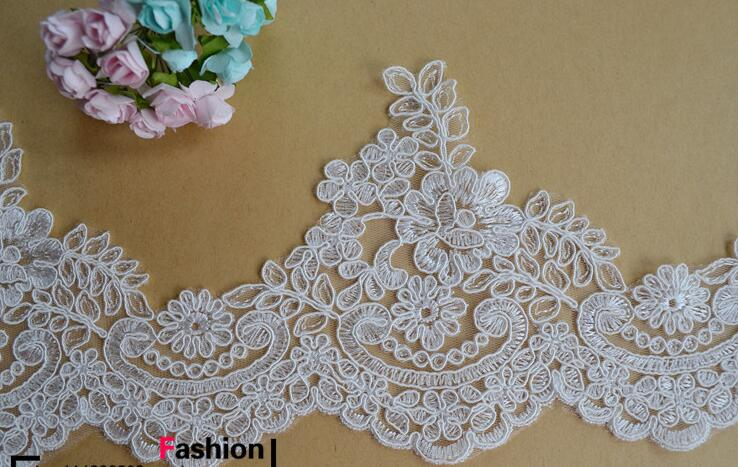 width in 14 cm ivory white color floral pattern lace trim for wedding veil,lace trim for wedding gown,4 yds a lot(China (Mainland))