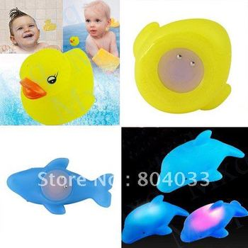 Discount Funny Qute LED Flashing Light Baby kits bath bathroom toys 6 Duck lamp + 6 Dolphin lamp Free Shipping/Drop shipping