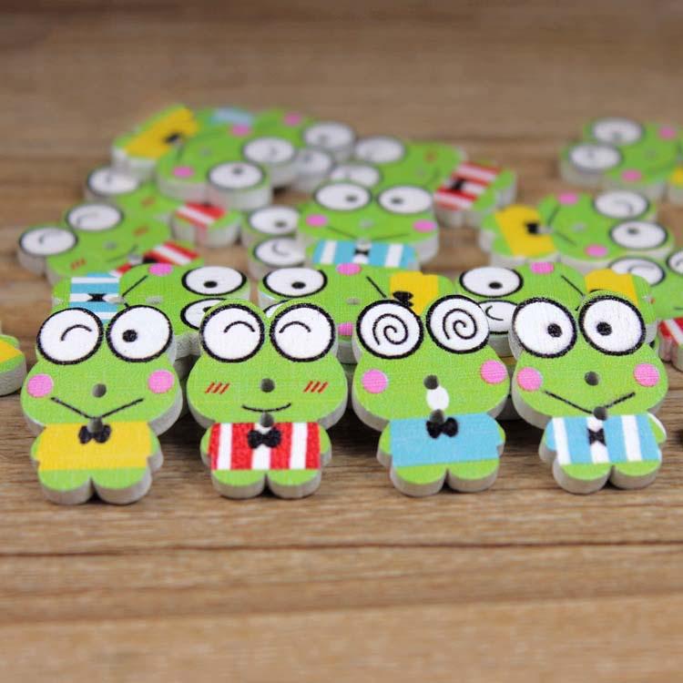 50pcs Cute Cartoon Frog Wooden Button botoes artesanato Scrapbooking Accessories Wood Sewing Craft madera manualidades 22x18mm(China (Mainland))