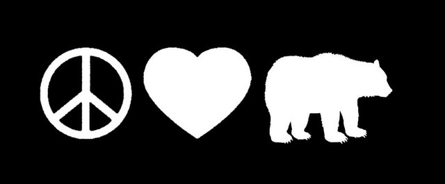 Peace Love Grizzly Bear Sticker For Car Window Truck Bumper Auto SUV Door motorcycles Kayak Vinyl Decal Large Beasts wild animal(China (Mainland))