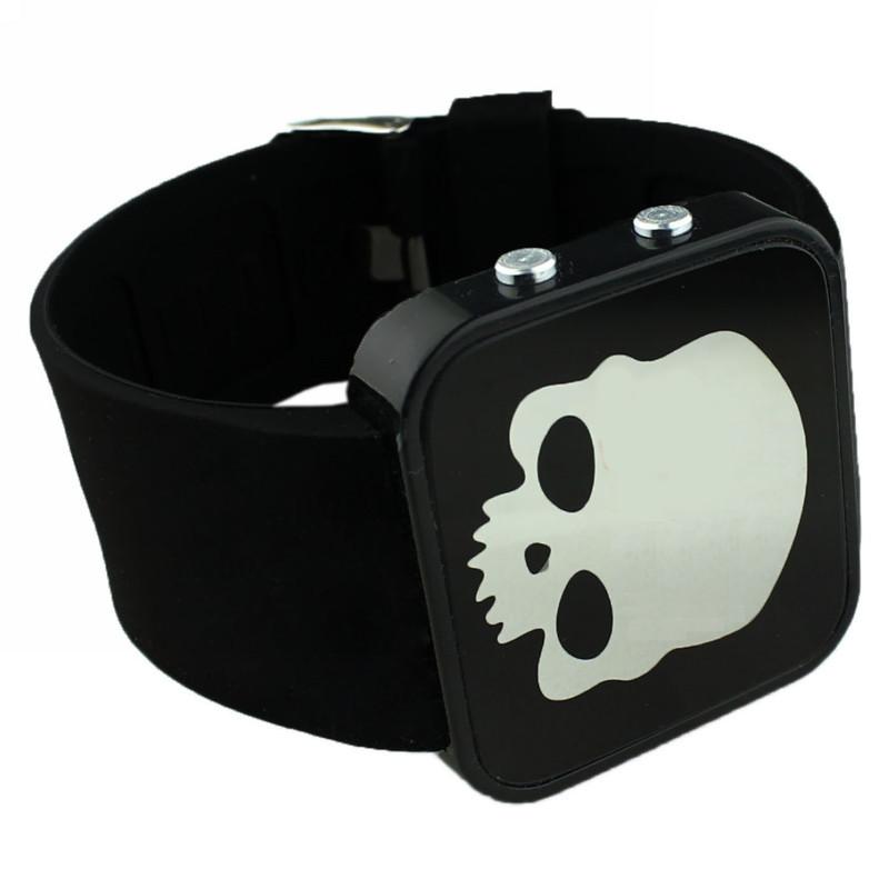 Electronic 2015 New Sports Watches LED Watch Digital Watch Fashion Quartz Men Wristwatches Backlight Skull Relogio