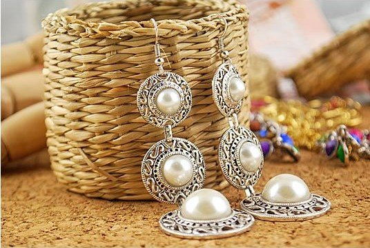 Fashion Hot Selling New Style Retro Noble WOmen 3 Circle White Simulated Pearl Earrings E19 - WOW 365days Jewelry store