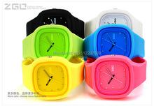 Zgo marca electronic 2015 nueva moda de la jalea del silicón relojes hombres deportes relojes reloj de cuarzo vestido rhInestone relojes