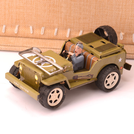 Retro Willys Jeep Car Tinplate Clockwork Toy Vintage Tin Wind Up Toys For Children Vintage Handmade Crafts(China (Mainland))