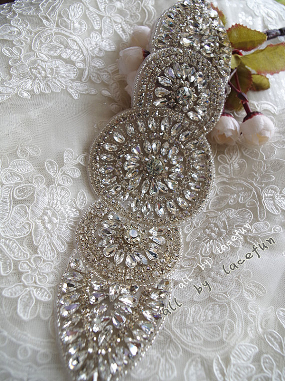 crystal applique, swarovski rhinestone Applique, bridal Sash , beaded rhinestone , bridal headpiece applique(China (Mainland))