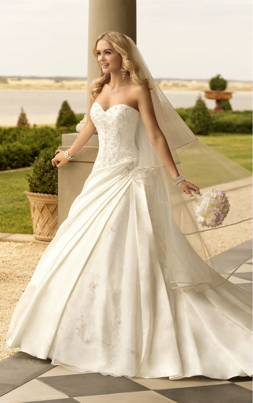 New 2016 White/Ivory Classic A-line Embroidered Wedding Dress Bridal Gown Custom Size(China (Mainland))