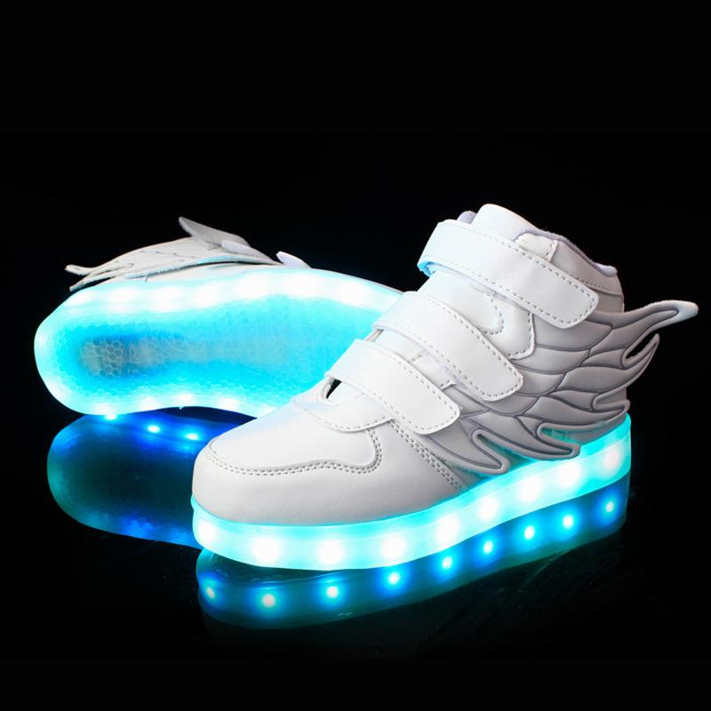 бегаю купить светящиеся кроссовки для девочки в крыму активных