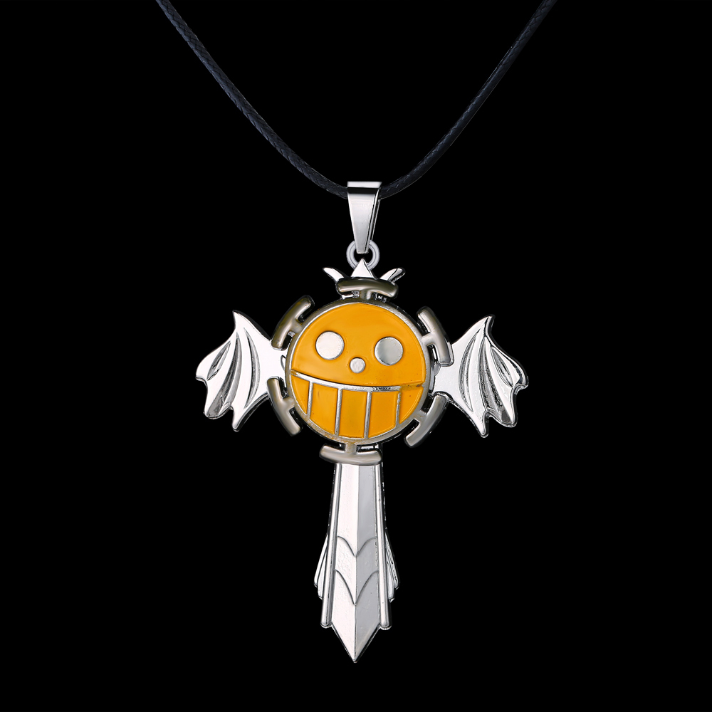 Wholesale Free Shipping great metal necklace movie Hot Anime one piece Trafalgar pattern rotatable The sword wings Necklace(China (Mainland))