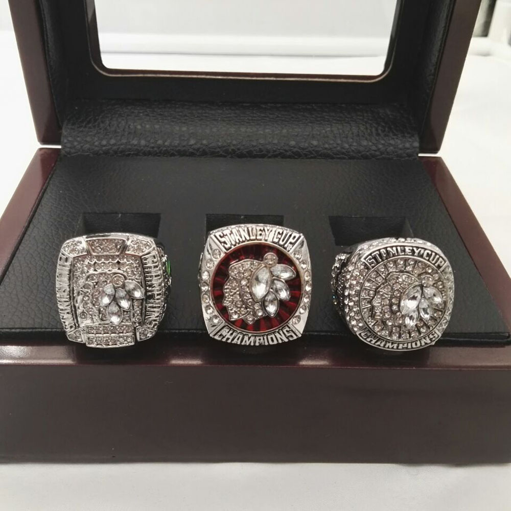 Gift Wooden Boxes with Good Quality 2010/2013/2015 Replica Ice Hockey Chicago Black Hawk world Championship Rings 3 Years Sets(China (Mainland))