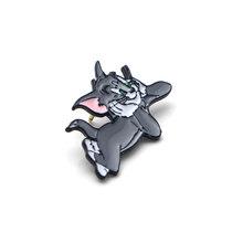 V111 Gatto e al Topo Divertente del Metallo Dello Smalto Spilli e Spille di Moda Risvolto Spille Borse Zaino Distintivo Regali di Raccolta(China)