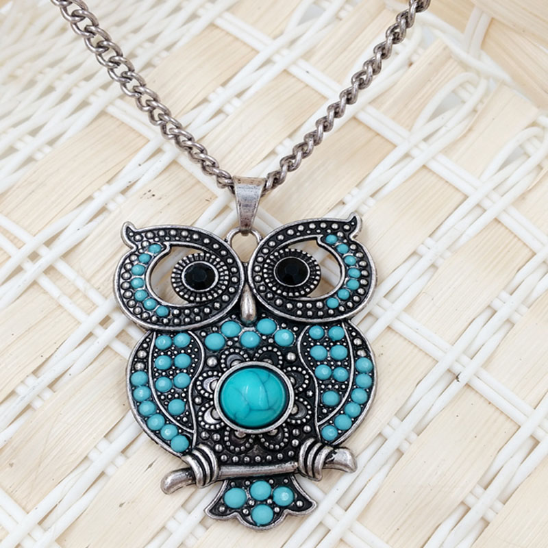 2016 Europe and the United States foreign trade long popular retro personality hollow out the owl necklace Sweater chain(China (Mainland))