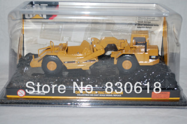 Norscot Cat 611 Wheel Tractor Scraper DIECAST 1:64 NEW IN BOX COLLECTIBLE toy(China (Mainland))