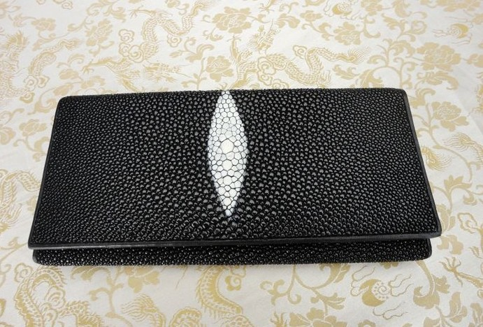 new unisex wallet Real fish skin purse Genuine Leather standard wallets thai Long Wallet.stingray skin wallet Wholesale retail(China (Mainland))