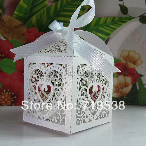 Love Heart Laser Cut Candy Gift Boxes,Wedding Party Favor box,heart wedding box,party candy box,wedding favors(with ribbon)(China (Mainland))
